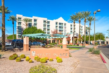Exterior at Hyatt Place Scottsdale/Old Town in Scottsdale