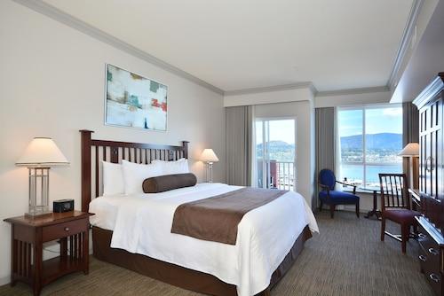 Manteo Resort Waterfront Hotel & Villas, Central Okanagan