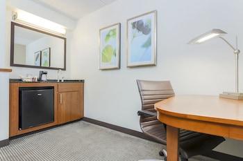 Guestroom at Hyatt Place Fort Worth/Hurst in Hurst