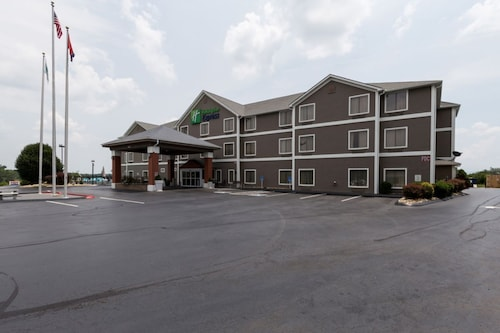 . Holiday Inn Express Dandridge, an IHG Hotel