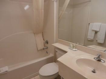 Suburban Extended Stay Hotel - Bathroom  - #0