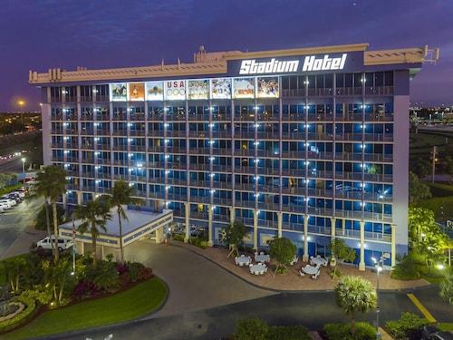 Miami (FL) - Stadium Hotel - z Katowic, 1 maja 2021, 3 noce