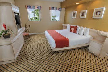 Guestroom at Westgate Towers Resort in Kissimmee