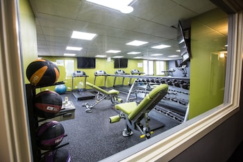Ramada Plaza by Wyndham Chicago North Shore - Fitness Facility  - #0