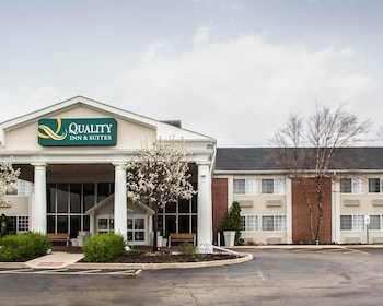 Hotel - Quality Inn and Suites St Charles -West Chicago