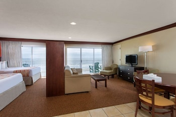Suite, Multiple Beds, Non Smoking (Three-Bedroom)