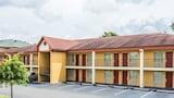 Econo Lodge Coliseum