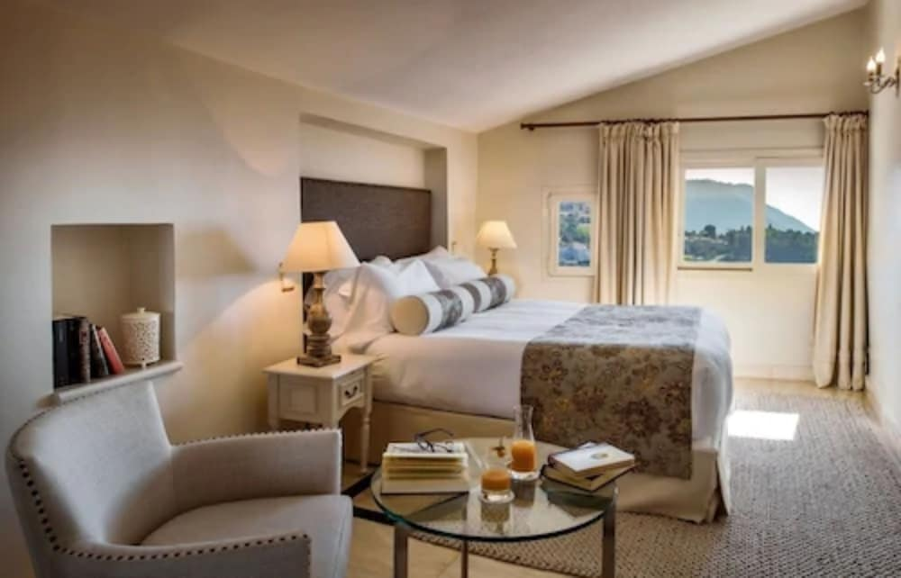 https://i.travelapi.com/hotels/1000000/180000/174900/174801/0b586fcf_z.jpg