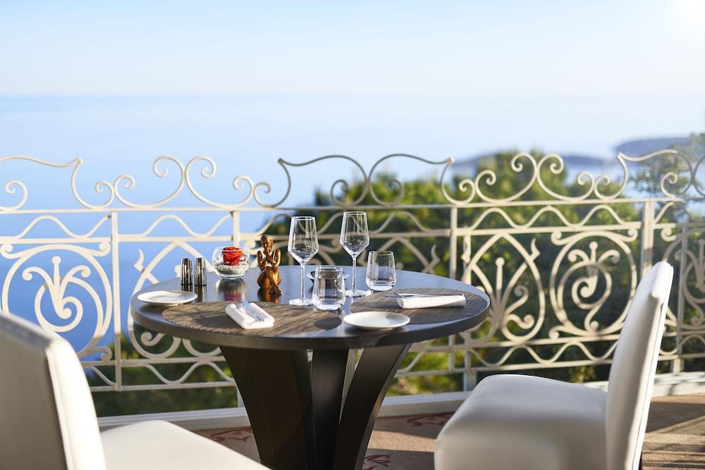https://i.travelapi.com/hotels/1000000/180000/174900/174801/d4463f09_z.jpg