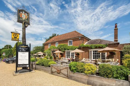 __{offers.Best_flights}__ The Bedford Arms