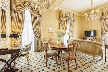 Grand Deluxe Suite, 2 Bedrooms, City View