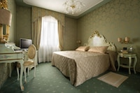 Superior Double or Twin Room, Canal View