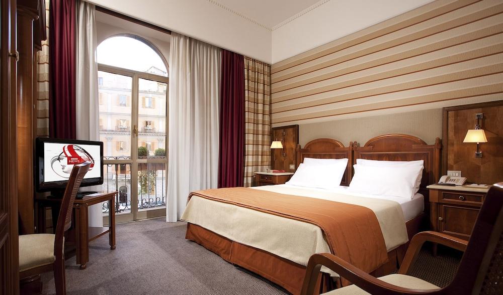 Mascagni Hotel, Featured Image