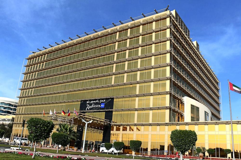 래디슨 블루 호텔 도하(Radisson Blu Hotel Doha) Hotel Image 139 - Hotel Front
