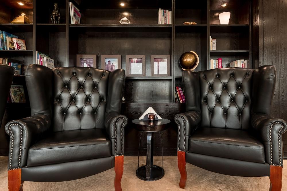 래디슨 블루 호텔 도하(Radisson Blu Hotel Doha) Hotel Image 117 - Library