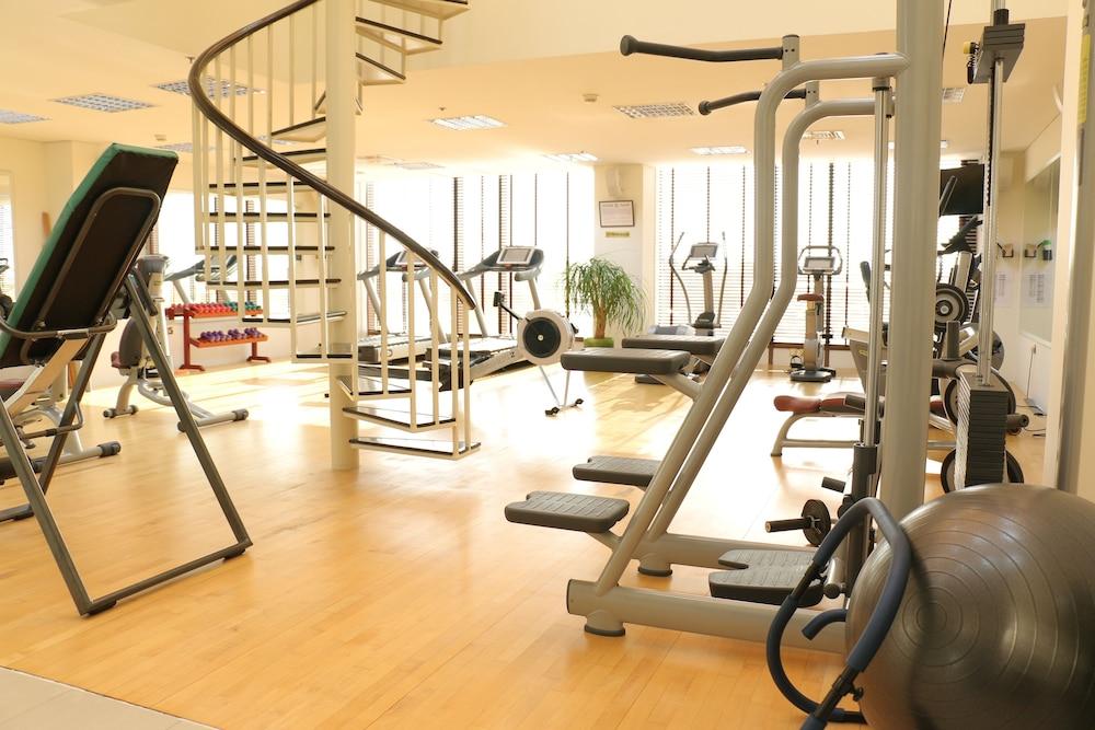 래디슨 블루 호텔 도하(Radisson Blu Hotel Doha) Hotel Image 55 - Gym