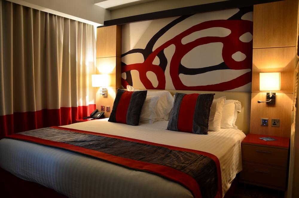 래디슨 블루 호텔 도하(Radisson Blu Hotel Doha) Hotel Image 7 - Guestroom