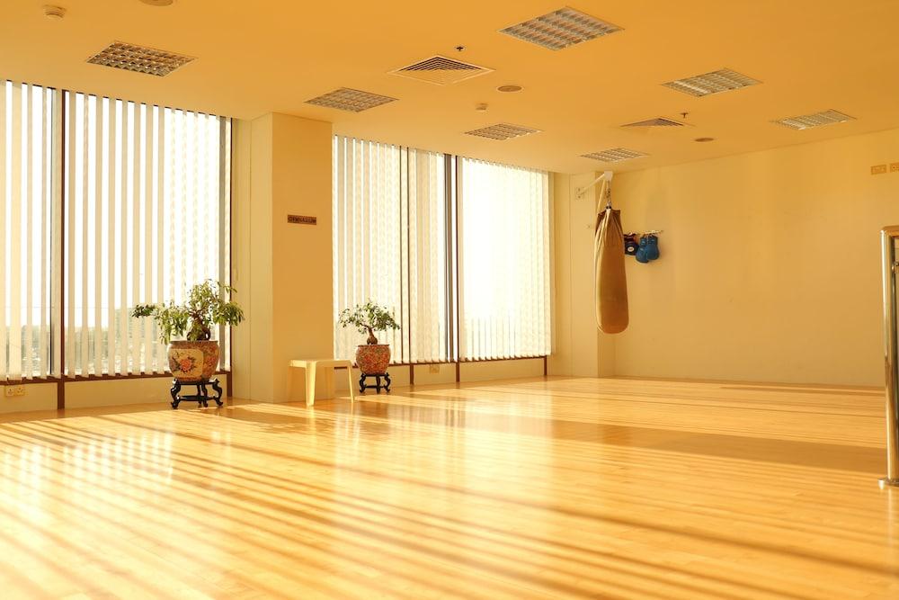 래디슨 블루 호텔 도하(Radisson Blu Hotel Doha) Hotel Image 58 - Fitness Studio