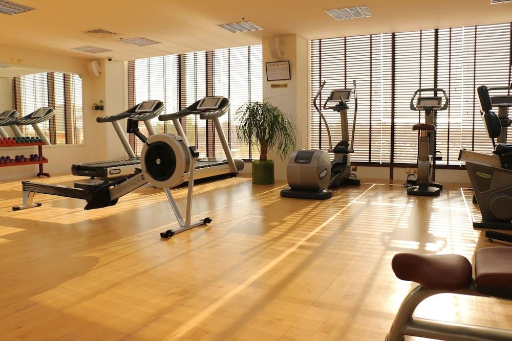 래디슨 블루 호텔 도하(Radisson Blu Hotel Doha) Hotel Image 61 - Sports Facility