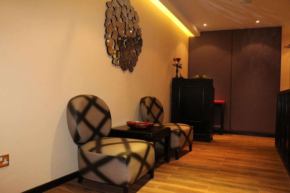 래디슨 블루 호텔 도하(Radisson Blu Hotel Doha) Hotel Image 59 - Spa Reception