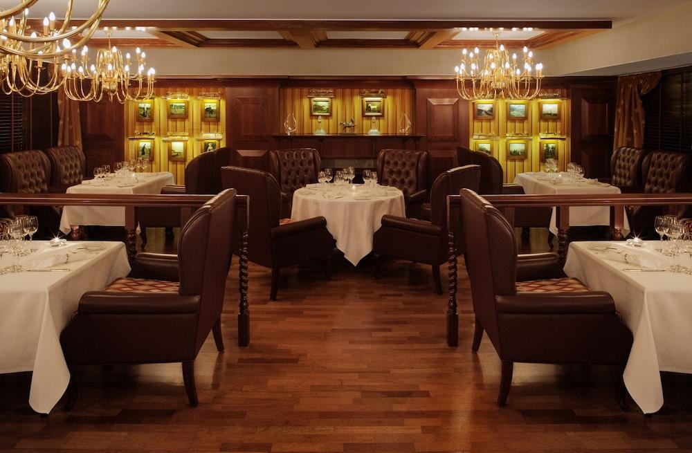 래디슨 블루 호텔 도하(Radisson Blu Hotel Doha) Hotel Image 67 - Restaurant