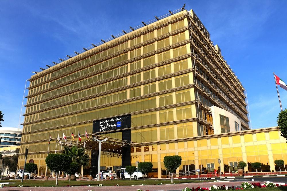 래디슨 블루 호텔 도하(Radisson Blu Hotel Doha) Hotel Image 138 - Hotel Front