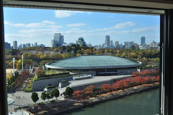 HOTEL NEW OTANI OSAKA Water view