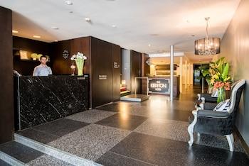 Reception at Kirketon Hotel Sydney in Darlinghurst