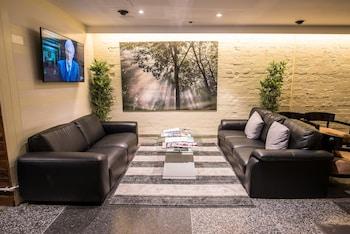 Lobby Sitting Area at Kirketon Hotel Sydney in Darlinghurst