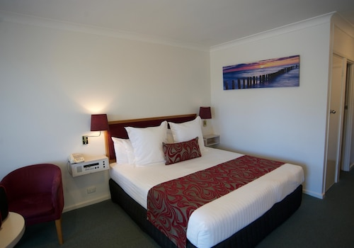 Best Western The Clarence on Melville, Albany