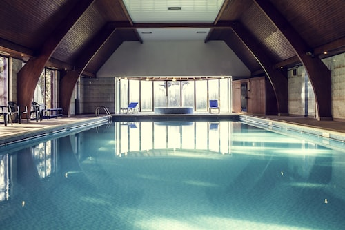 . Mercure Hull Grange Park Hotel