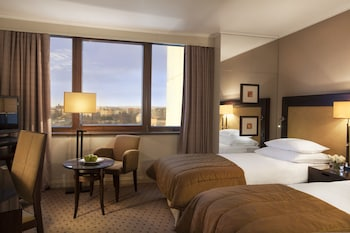 Deluxe Suite, City View (Spa Access +  Executive lounge)