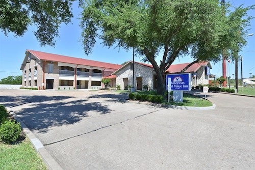 . Americas Best Value Inn Columbus, TX