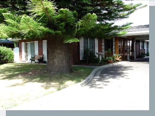Townhouse Motor Inn, Horsham - Central