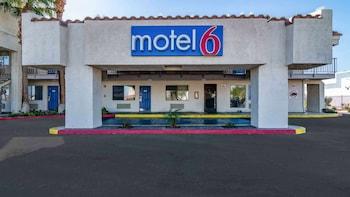 加利福尼亞千棕櫚 - 蘭喬米拉 6 號汽車旅館 Motel 6 Thousand Palms, CA - Rancho Mirage