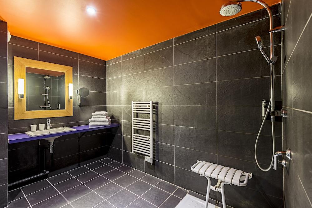 르 레퓨지 데 에글론(Hôtel Le Refuge des Aiglons) Hotel Image 29 - Bathroom