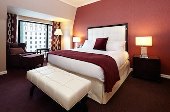 Classic Room, 1 King Bed, View (High Floor)