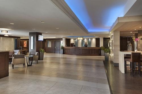 __{offers.Best_flights}__ Hotel Halifax