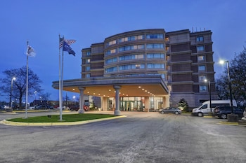 Hotel - Delta Hotels by Marriott Chicago North Shore Suites