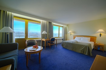 Premium Room (River & Old Town View)
