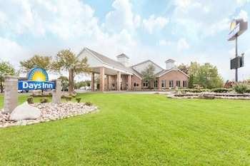 Hotel - Days Inn by Wyndham Sault Ste Marie MI