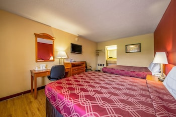 Guestroom at Econo Lodge Mt Laurel in Mount Laurel