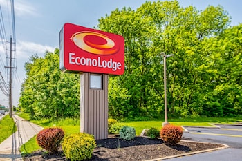 Exterior at Econo Lodge Mt Laurel in Mount Laurel