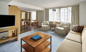 Park, Executive Suite