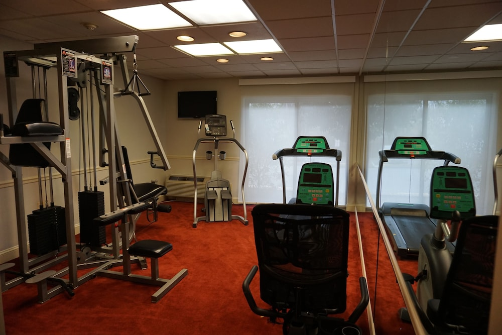 Health and Fitness : Fitness Facility 61 of 156