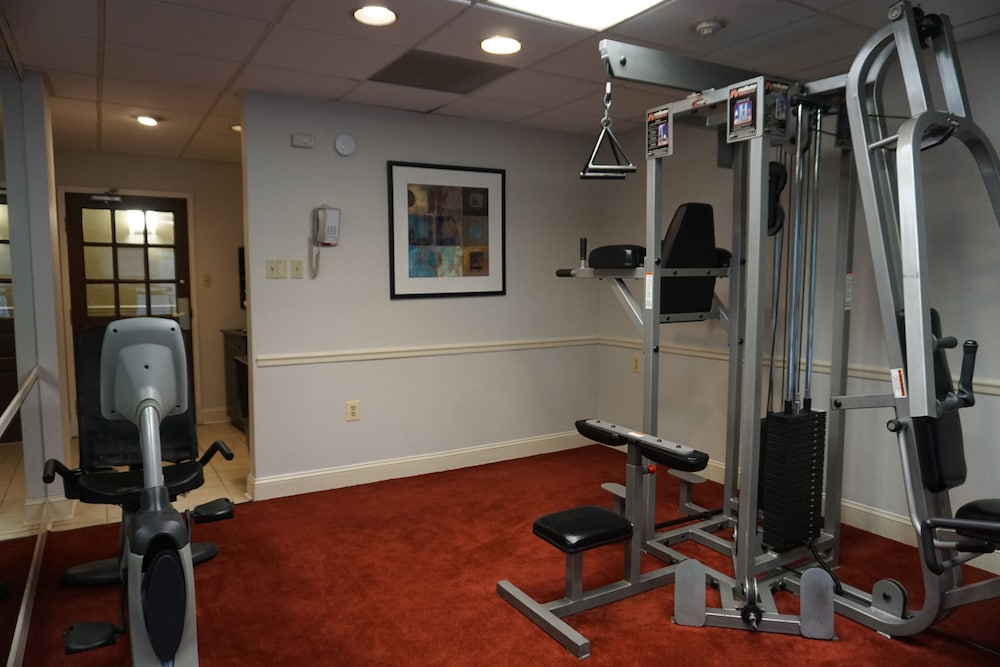 Health and Fitness : Fitness Facility 59 of 156