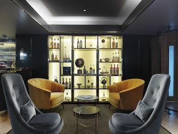ザ アテナエウム ホテル & レジデンシーズ