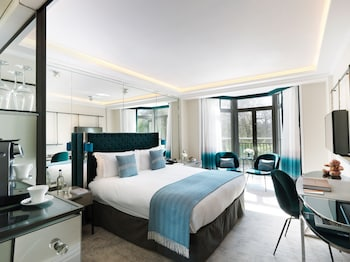 Hotel - The Athenaeum Hotel & Residences