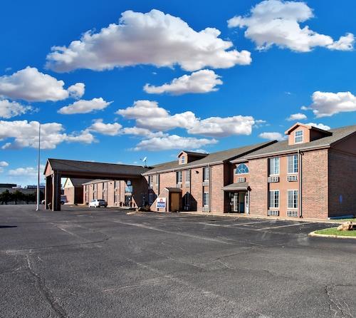 . Coratel Inn & Suites Newton