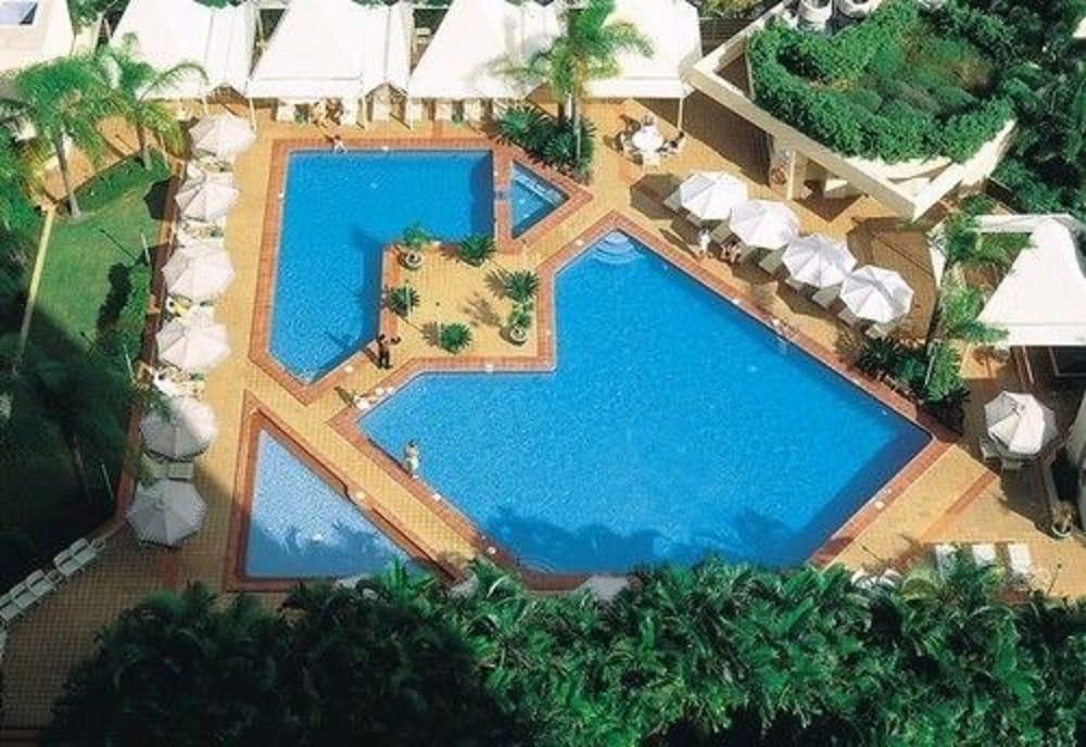 만트라 온 뷰 호텔(Mantra on View Hotel) Hotel Image 1 - Pool